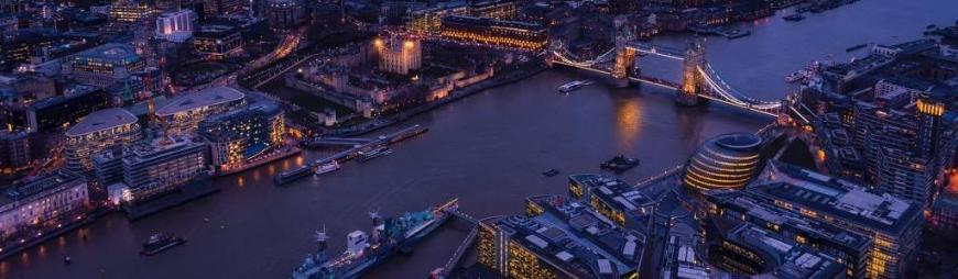 London Thames at night