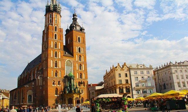 St Mary's Basilica in Krakow center